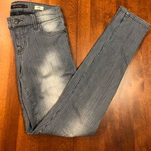 Level 99 from Anthropologie stripped jean size 26